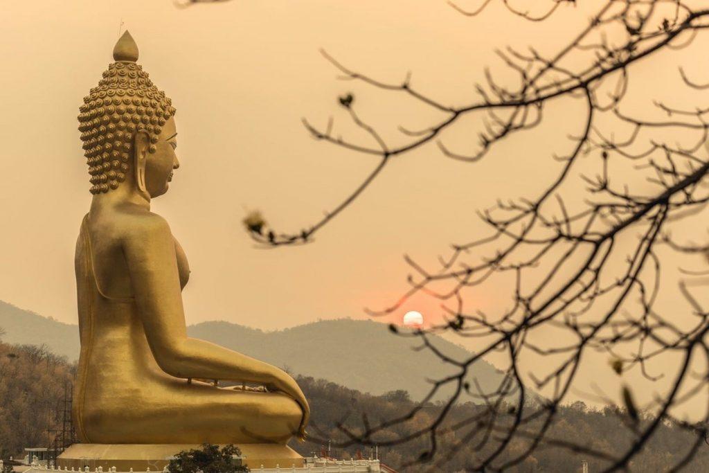 รอยพระพุทธบาท-ลพบุรี